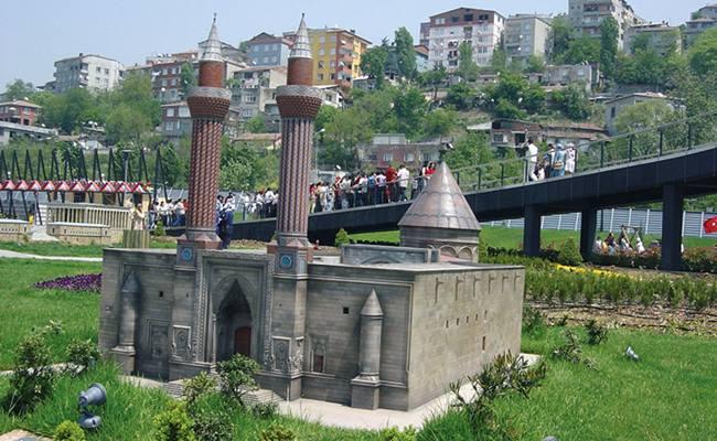 الاماكن السياحيه اسطنبول ...بالاسم attachment.php?s=bad